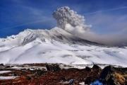 Пепловое облако из вулкана Камбальный растянулось на 900 км