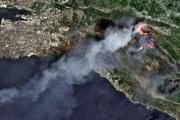 К тушению лесных пожаров в Хорватии и Черногории подключили авиацию
